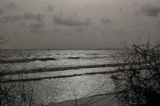 Dumas-Beach-Indias-Most-Haunted